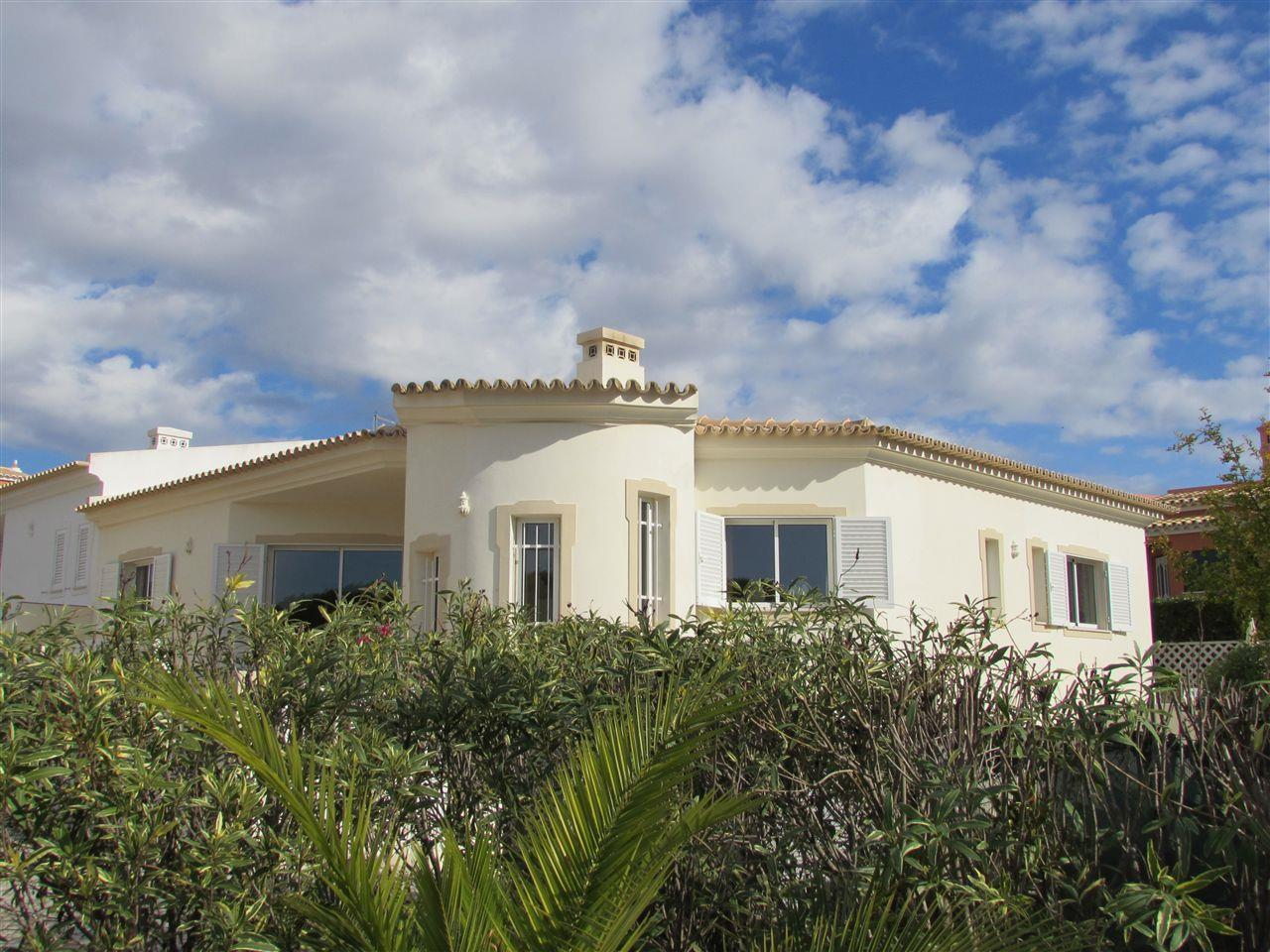 Single Family Home for Sale at House, 3 bedrooms, for Sale Loule, Algarve Portugal