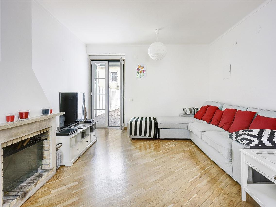 Apartamentos multi-familiares para Venda às Building, 5 bedrooms, for Sale Chiado, Lisboa, Lisboa Portugal