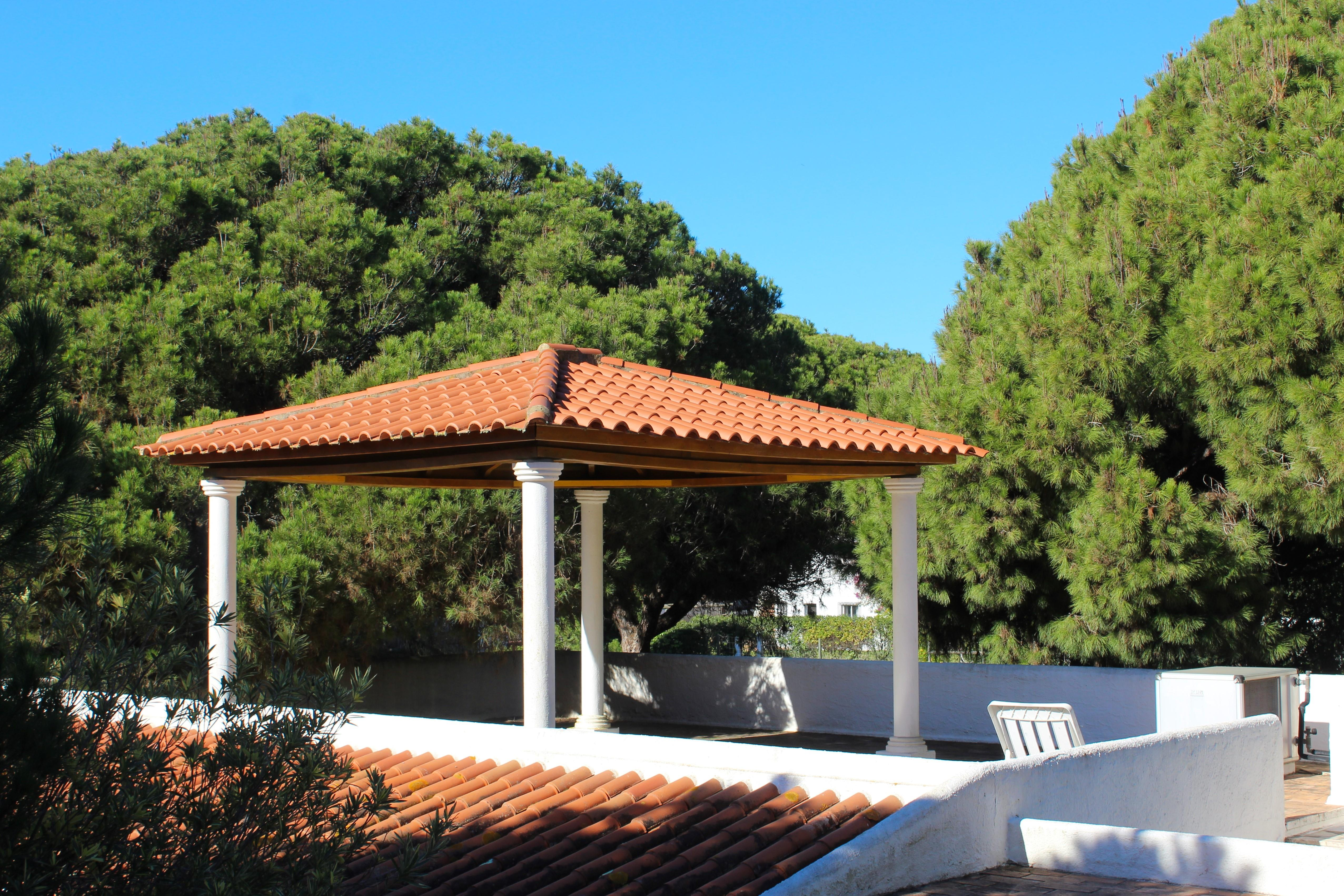 Single Family Home for Sale at House, 4 bedrooms, for Sale Loule, Algarve, 8125-001 Portugal