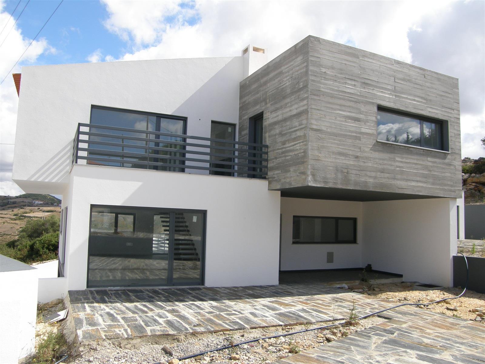 Maison unifamiliale pour l Vente à Semi-detached house, 3 bedrooms, for Sale Sintra, Lisbonne, 2705-834 Portugal