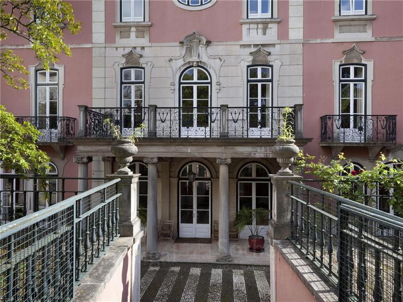 Casa Unifamiliar por un Venta en House, 20 bedrooms, for Sale Lisboa, Lisboa Portugal