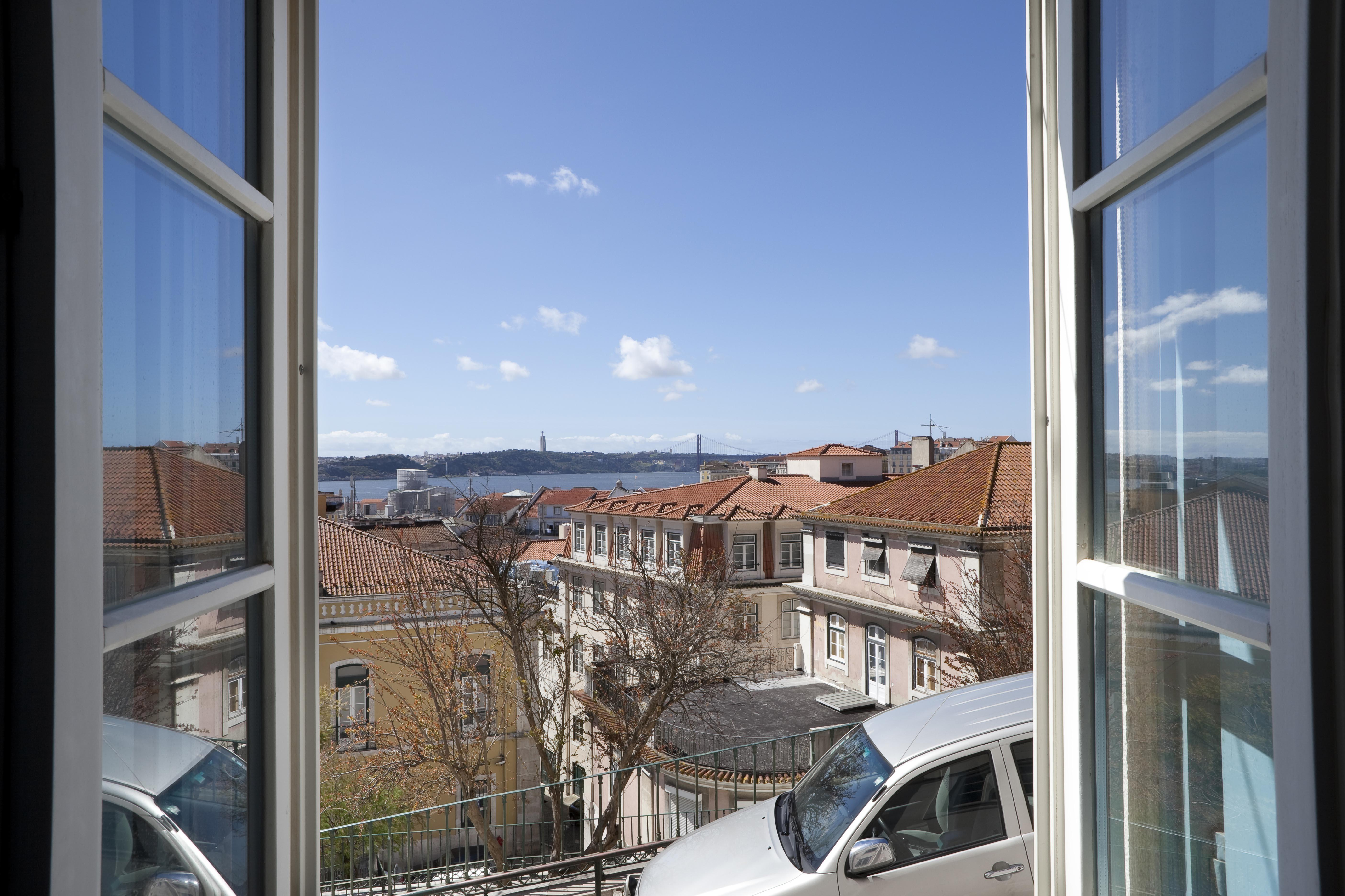 アパート のために 売買 アット Flat, 1 bedrooms, for Sale Lisboa, リスボン, 1100-158 ポルトガル