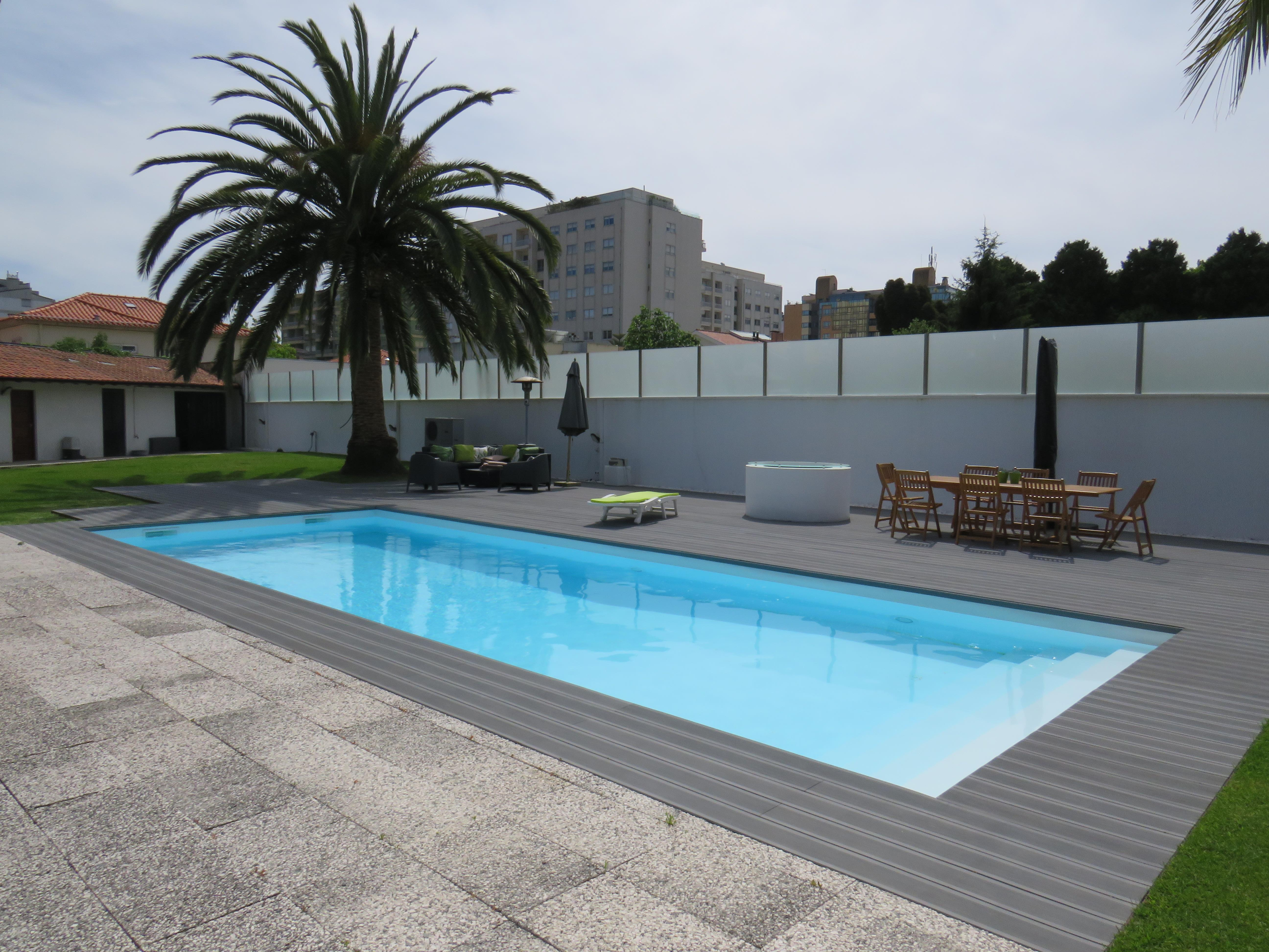 Single Family Home for Sale at Detached house, 4 bedrooms, for Sale Porto, Porto, - Portugal