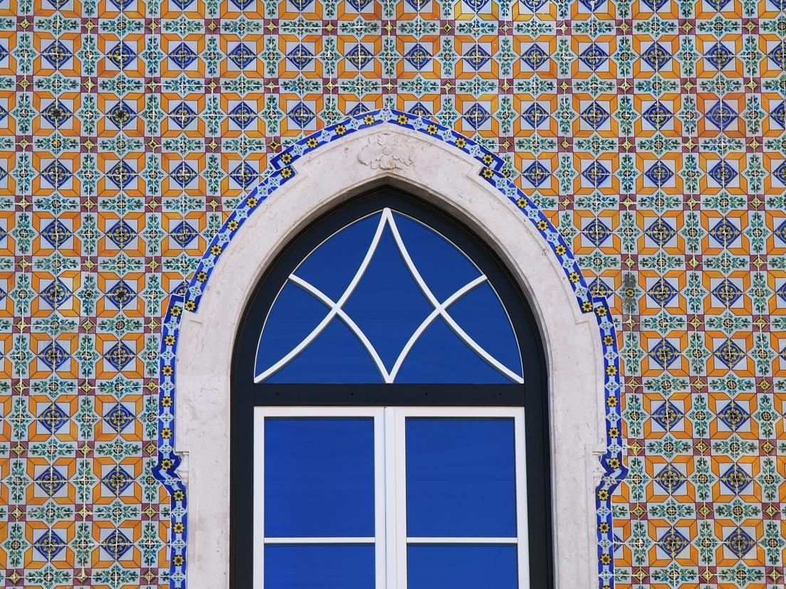 Appartement pour l Vente à Triplex, 3 bedrooms, for Sale Lisboa, Lisbonne Portugal