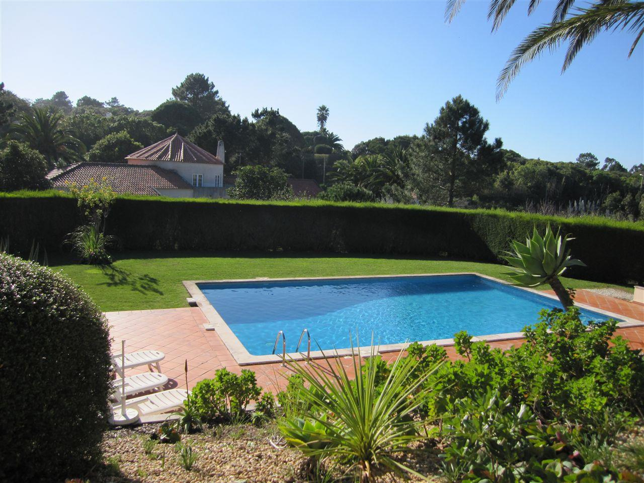 Single Family Home for Sale at House, 5 bedrooms, for Sale Sintra, Lisboa, 2705-349 Portugal