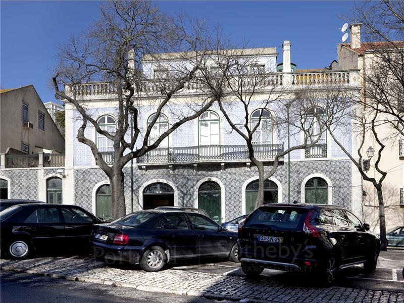 Moradia para Venda às House, 12 bedrooms, for Sale Lisboa, Lisboa Portugal