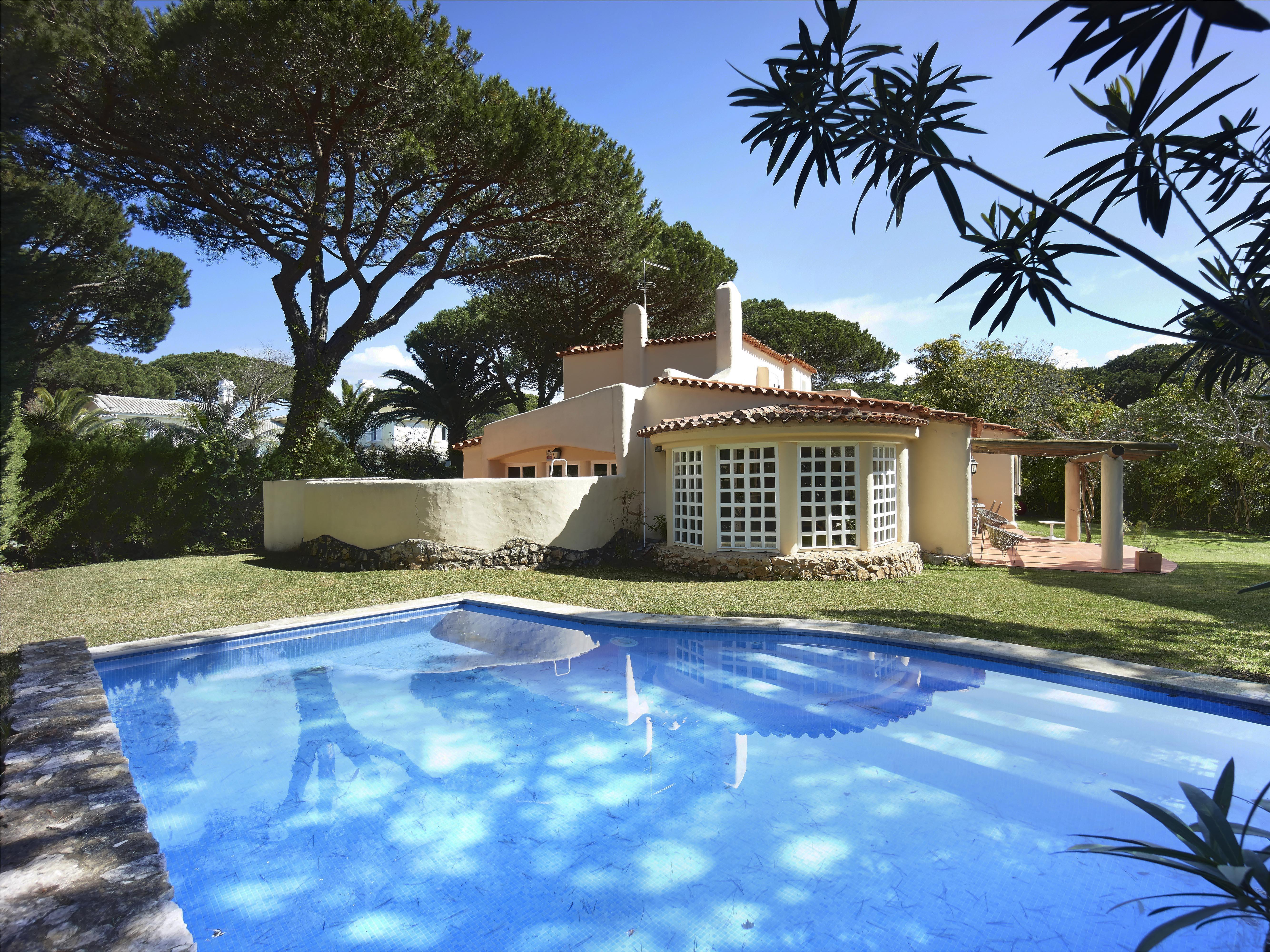 獨棟家庭住宅 為 出售 在 House, 3 bedrooms, for Sale Cascais, 葡京, - 葡萄牙