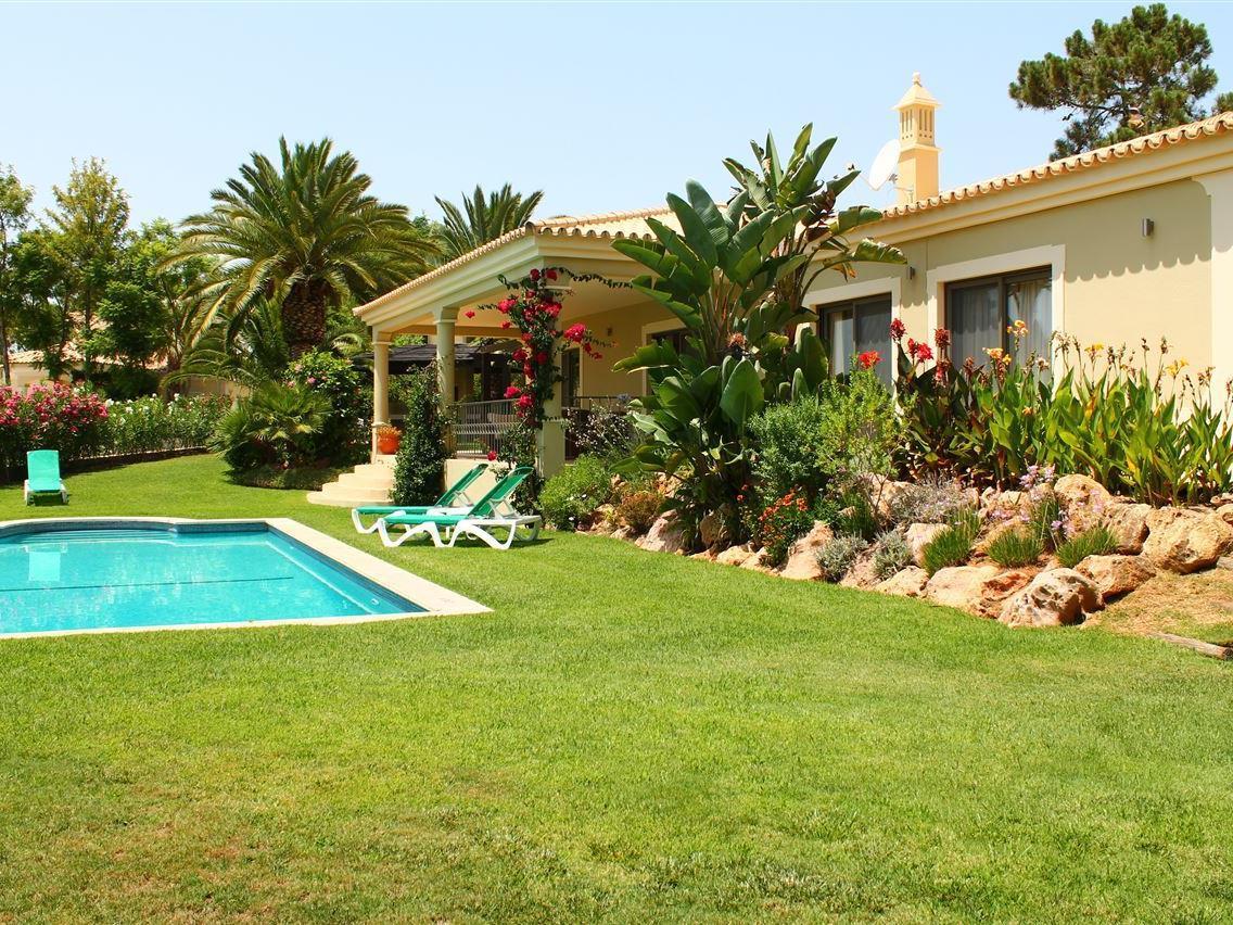 独户住宅 为 销售 在 House, 3 bedrooms, for Sale Loule, Algarve 葡萄牙