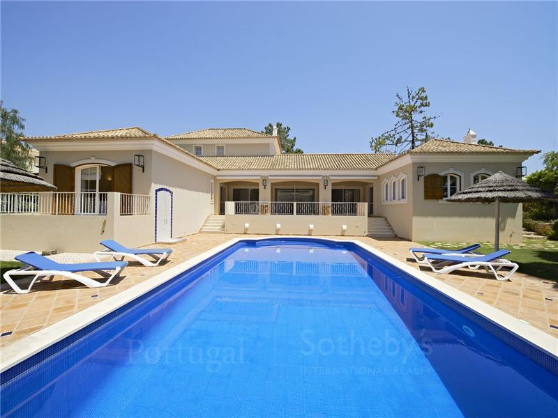 独户住宅 为 销售 在 House, 5 bedrooms, for Sale Loule, Algarve 葡萄牙