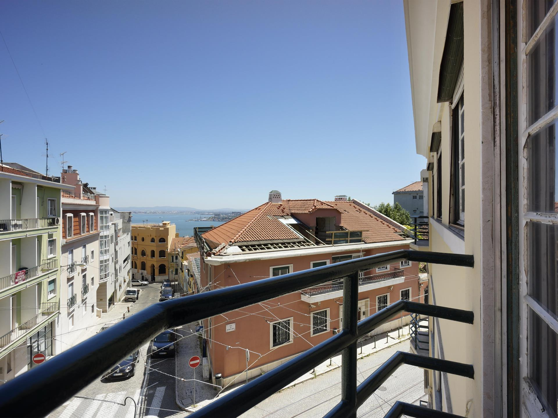Appartement pour l Vente à Flat, 6 bedrooms, for Sale Lapa, Lisboa, Lisbonne Portugal