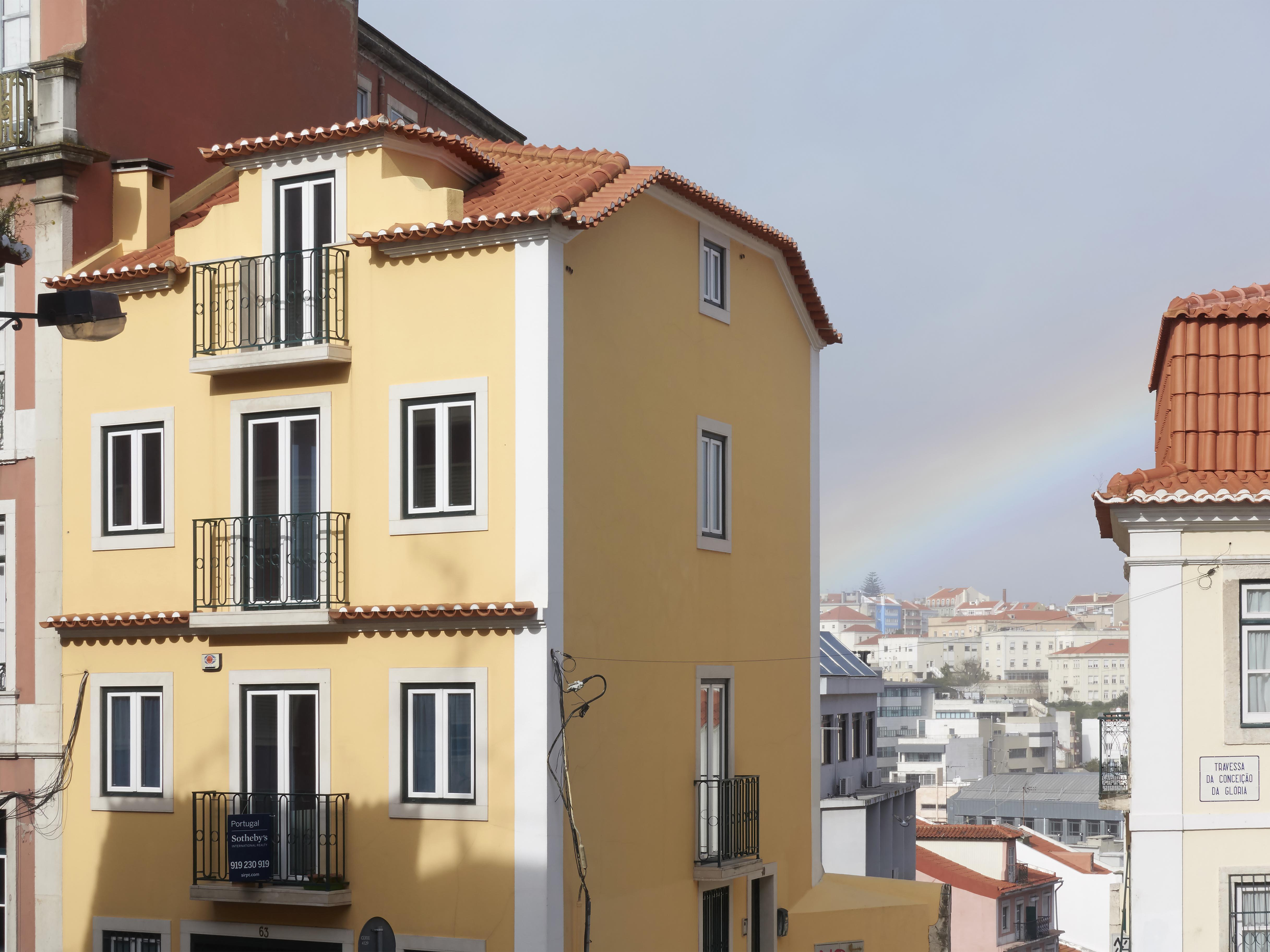 Single Family Home for Sale at House, 3 bedrooms, for Sale Lisboa, Lisboa, Portugal