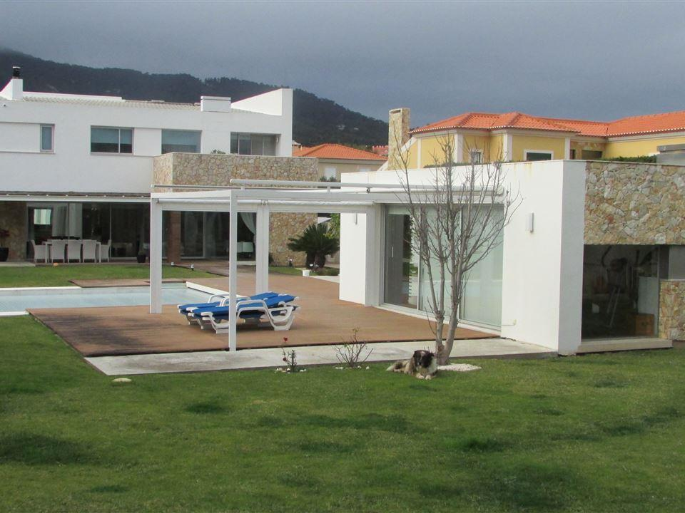 Casa Unifamiliar por un Venta en House, 4 bedrooms, for Sale Beloura, Sintra, Lisboa Portugal