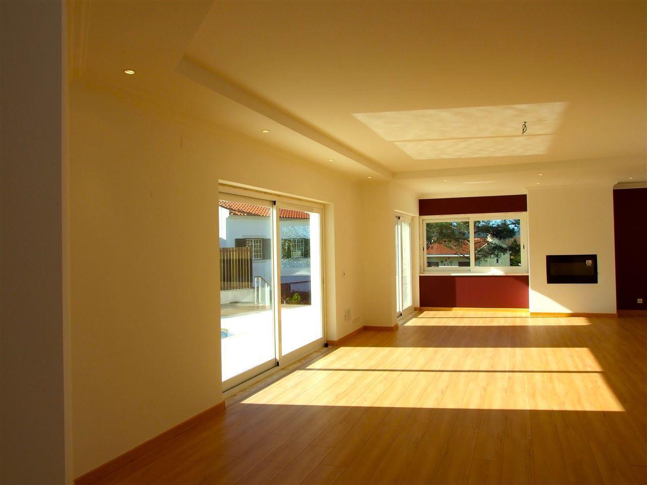 Casa para uma família para Venda às Detached house, 5 bedrooms, for Sale Sintra, Lisboa Portugal