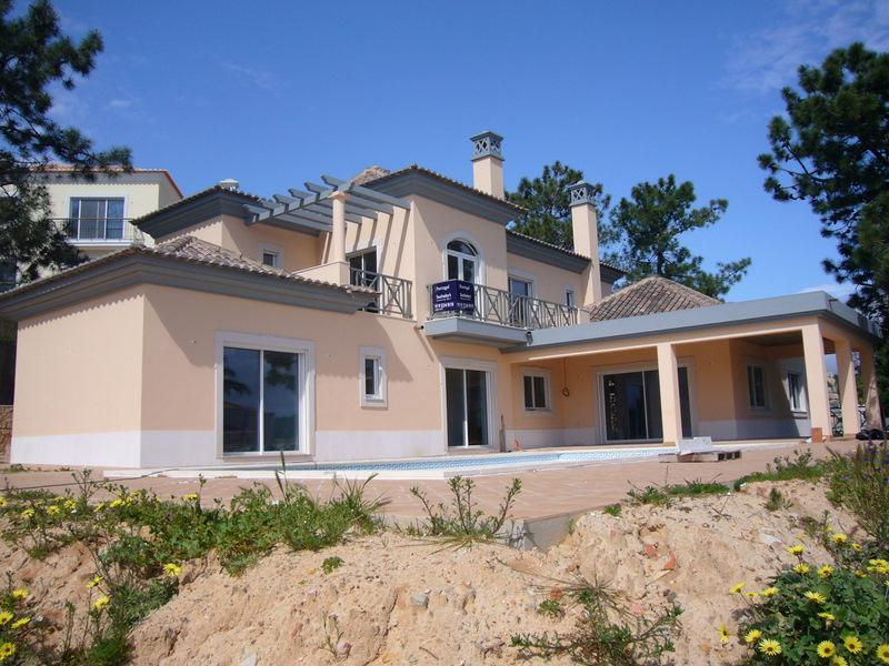 Casa Unifamiliar por un Venta en House, 4 bedrooms, for Sale Loule, Algarve Portugal
