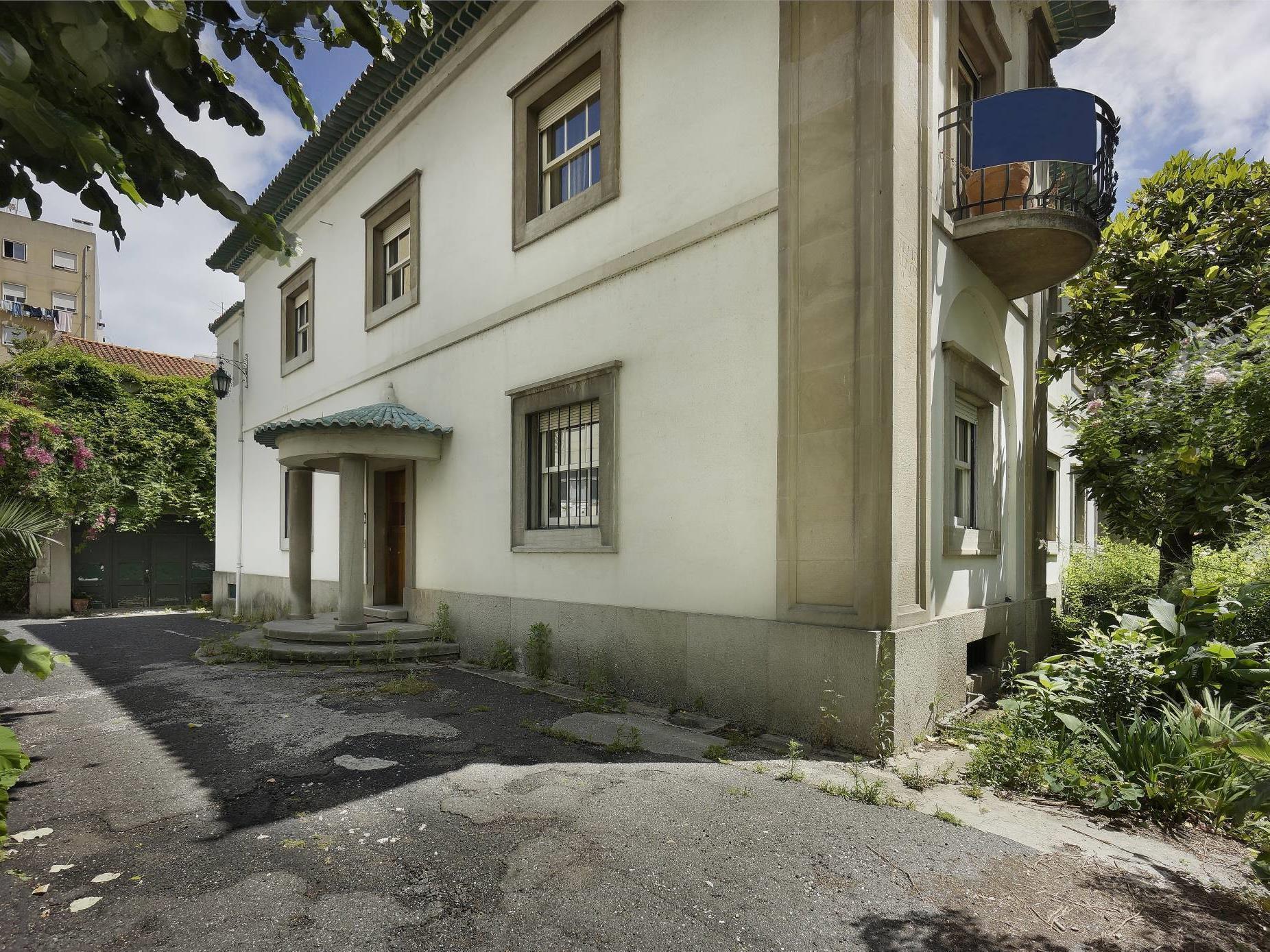 一戸建て のために 売買 アット House, 13 bedrooms, for Sale Lisboa, リスボン ポルトガル