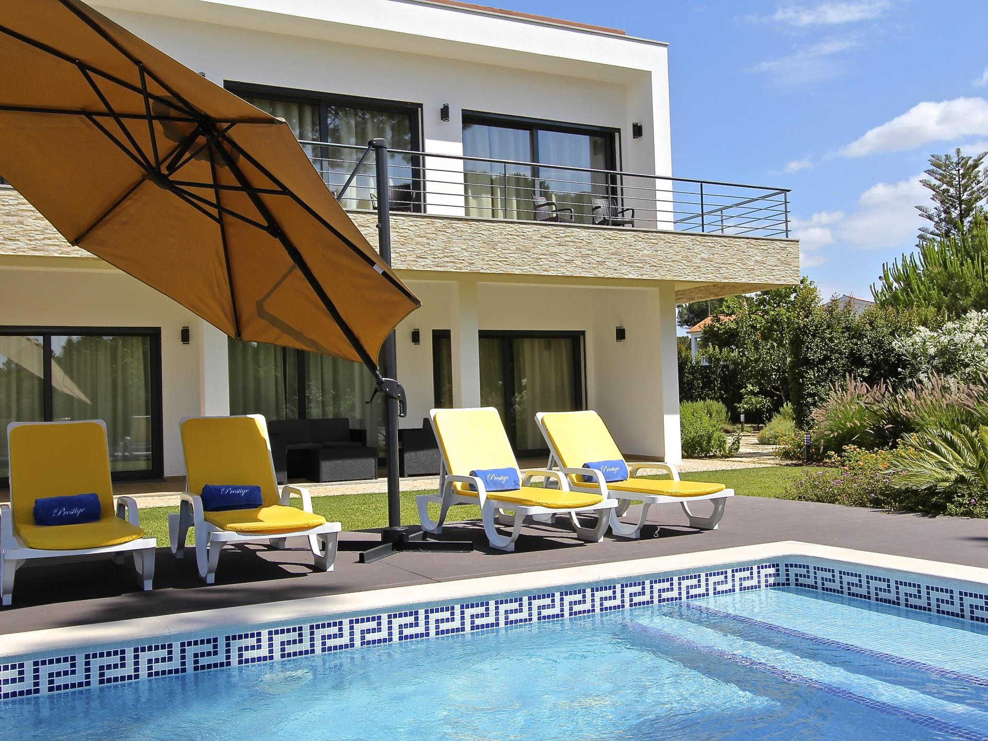 Casa Unifamiliar por un Venta en Detached house, 5 bedrooms, for Sale Loule, Algarve Portugal