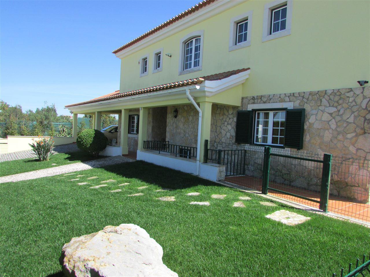 獨棟家庭住宅 為 出售 在 House, 3 bedrooms, for Sale Sintra, 葡京, 葡萄牙