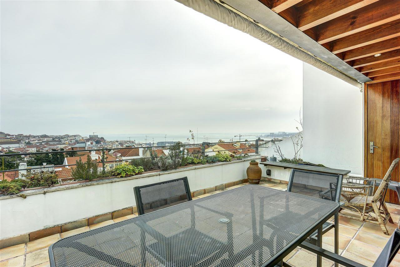 Apartment for Sale at Flat, 3 bedrooms, for Sale Lisboa, Lisboa, 1200-654 Portugal