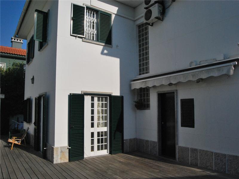 Maison unifamiliale pour l Vente à House, 3 bedrooms, for Sale Oeiras, Lisbonne Portugal
