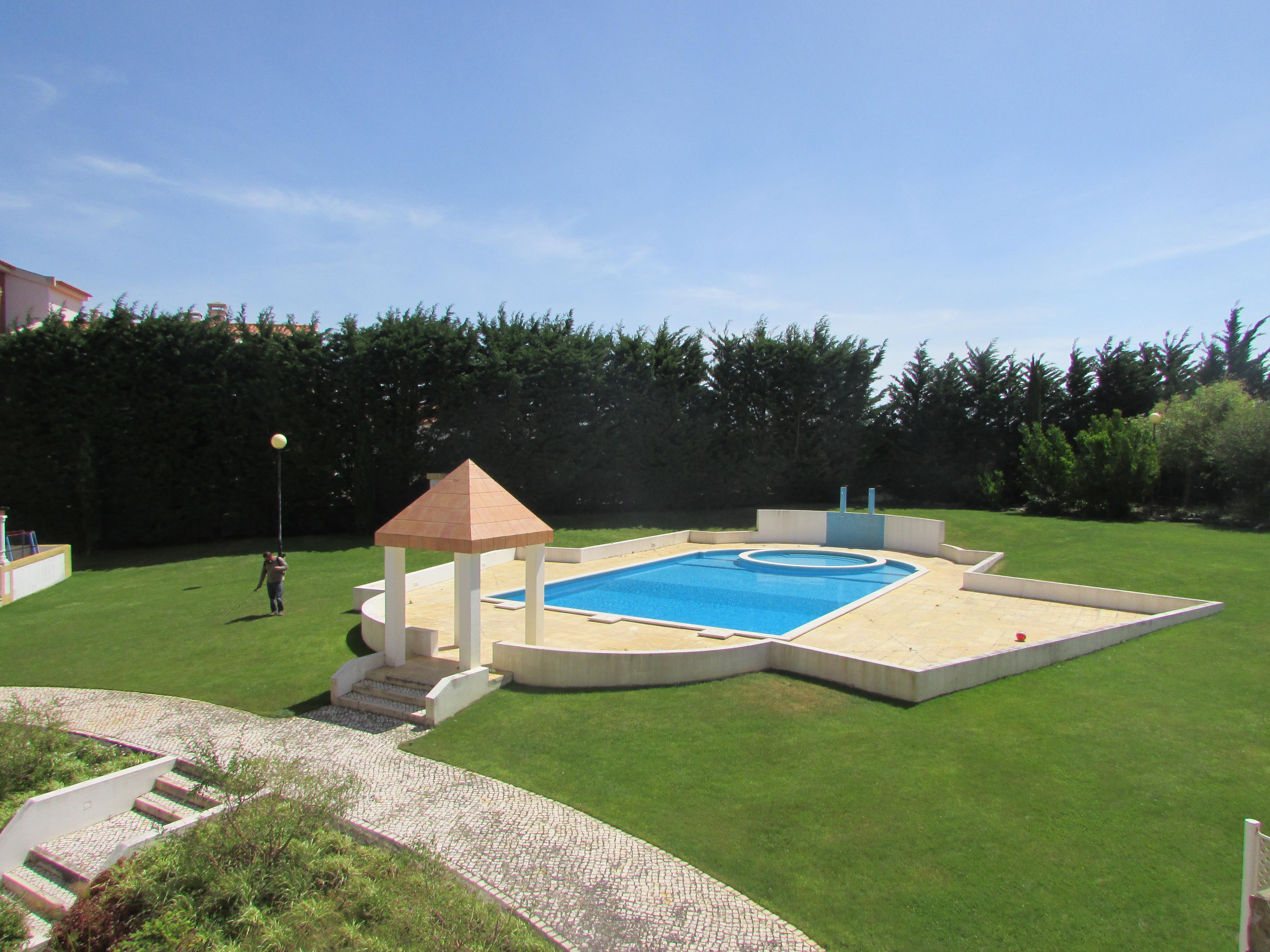 Apartment for Sale at Flat, 3 bedrooms, for Sale Sintra, Lisboa, 2710-701 Portugal