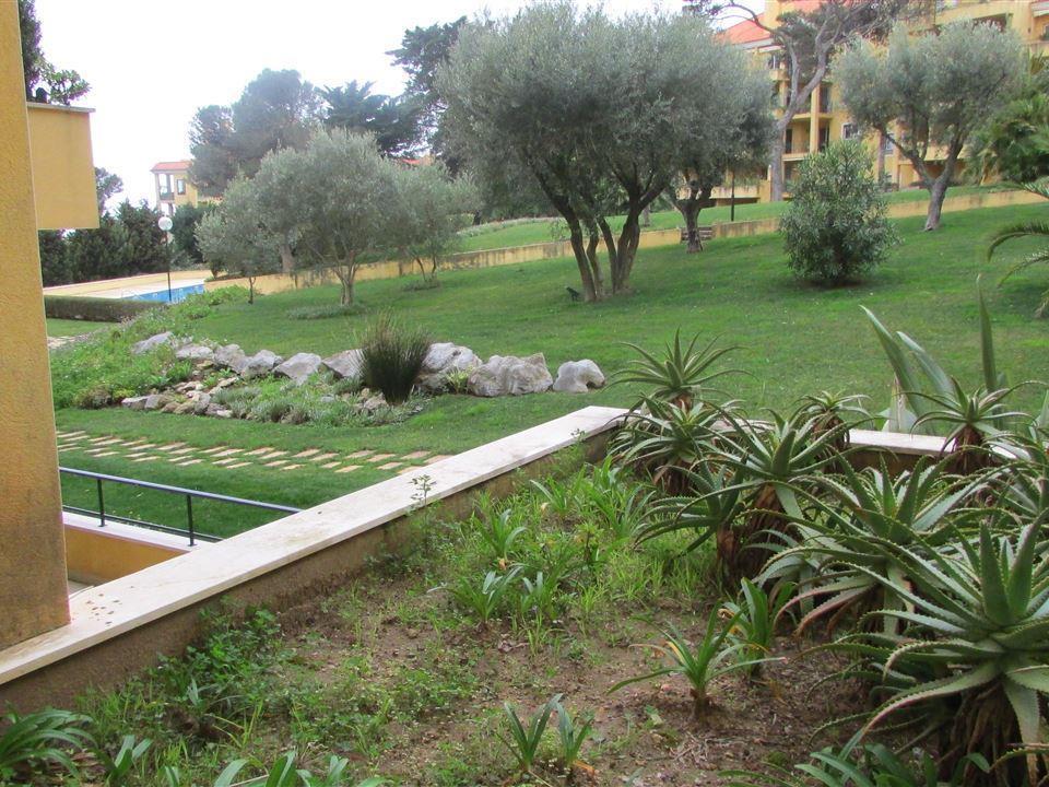 Appartamento per Vendita alle ore Flat, 3 bedrooms, for Sale Sao Joao Estoril, Cascais, Lisbona Portogallo