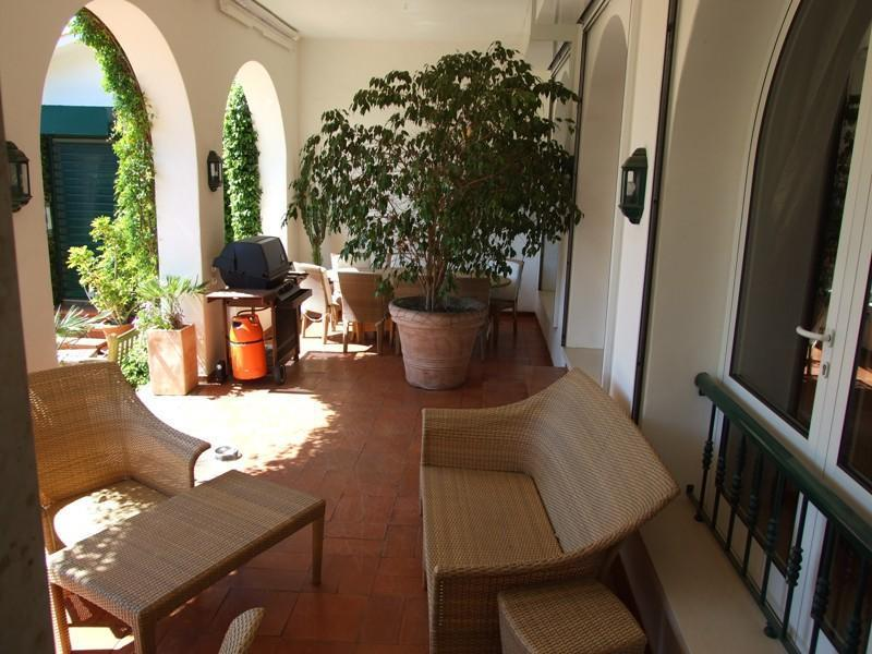 Villa per Vendita alle ore House, 6 bedrooms, for Sale Sintra, Lisbona Portogallo