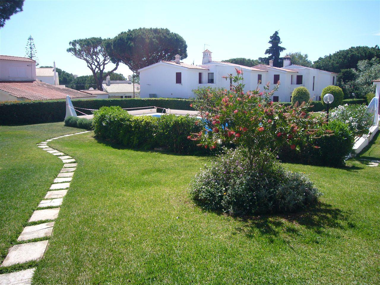 Single Family Home for Sale at Semi-detached house, 5 bedrooms, for Sale Loule, Algarve Portugal
