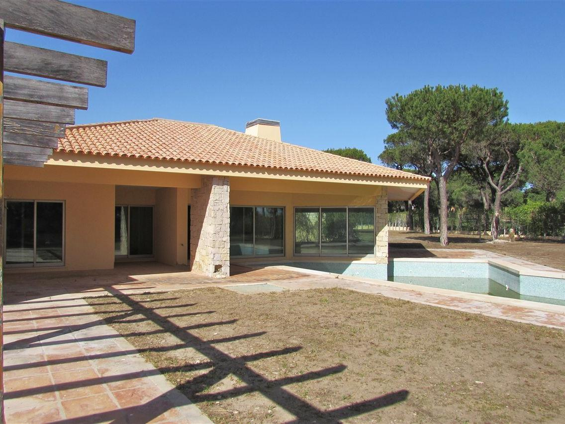 独户住宅 为 销售 在 Detached house, 5 bedrooms, for Sale Loule, Algarve 葡萄牙