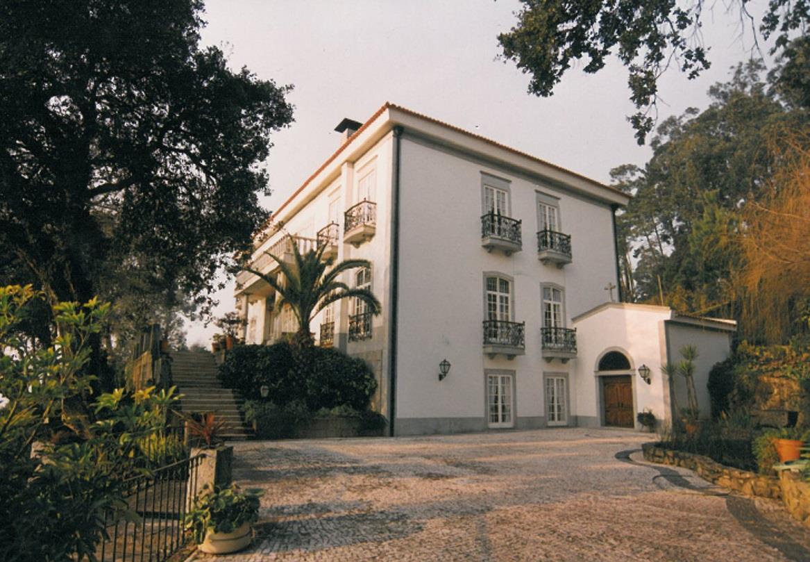 Nhà ở một gia đình vì Bán tại Detached house, 6 bedrooms, for Sale Gondomar, Porto, 4420-003 Bồ Đào Nha