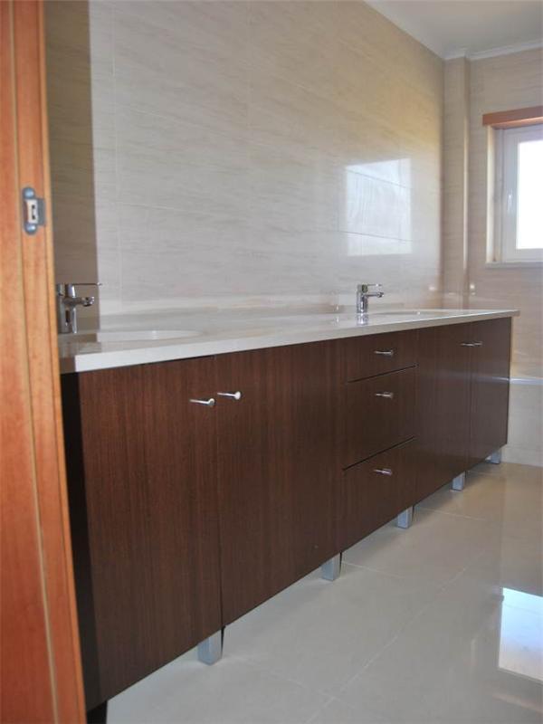 Maison unifamiliale pour l Vente à House, 4 bedrooms, for Sale Oeiras, Lisbonne, 2740-063 Portugal