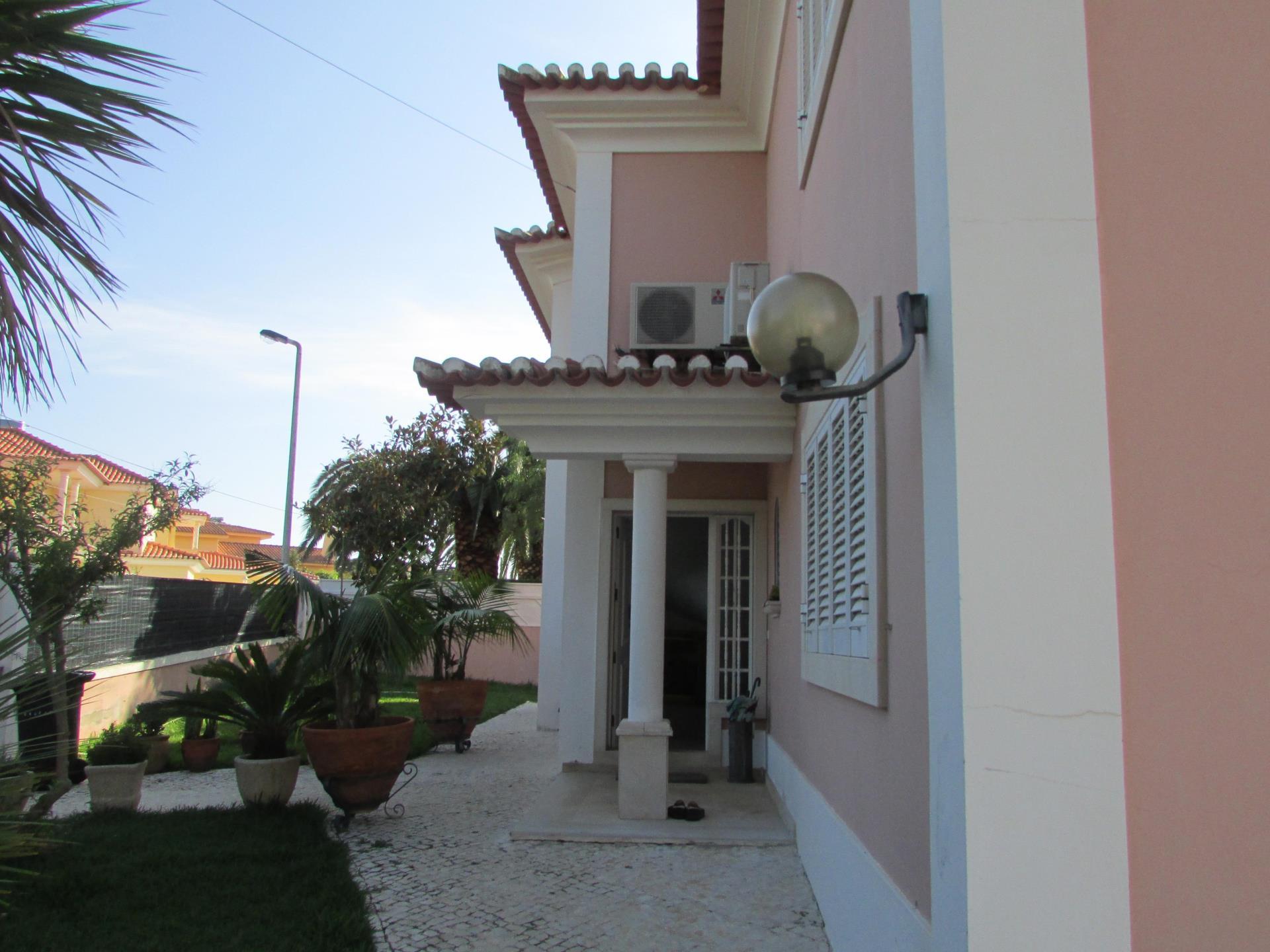 独户住宅 为 销售 在 House, 4 bedrooms, for Sale Cascais, 葡京 葡萄牙