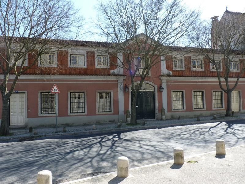 Single Family Home for Sale at House, 4 bedrooms, for Sale Lisboa, Lisboa Portugal
