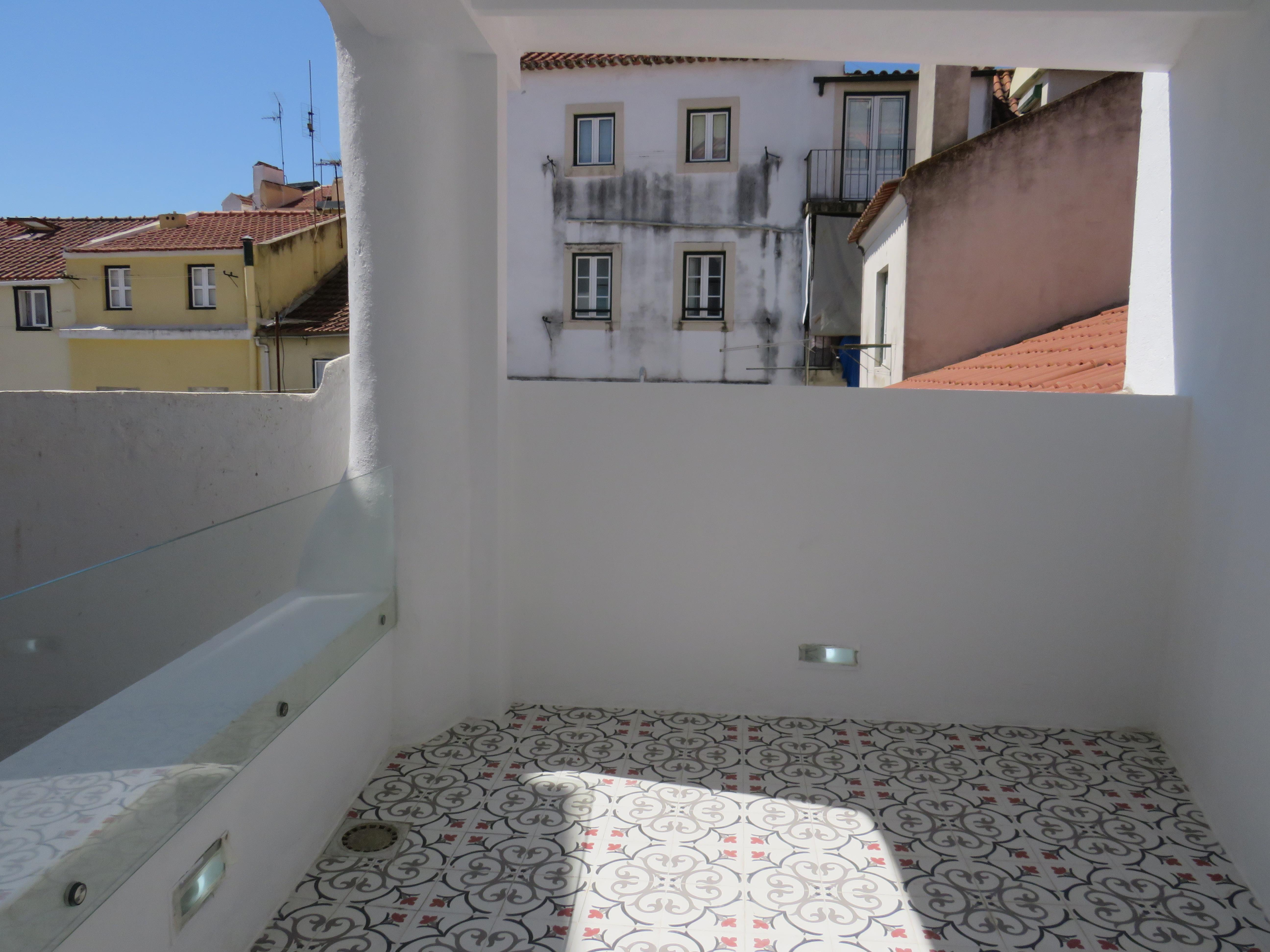sales property at Flat, 4 bedrooms, for Sale
