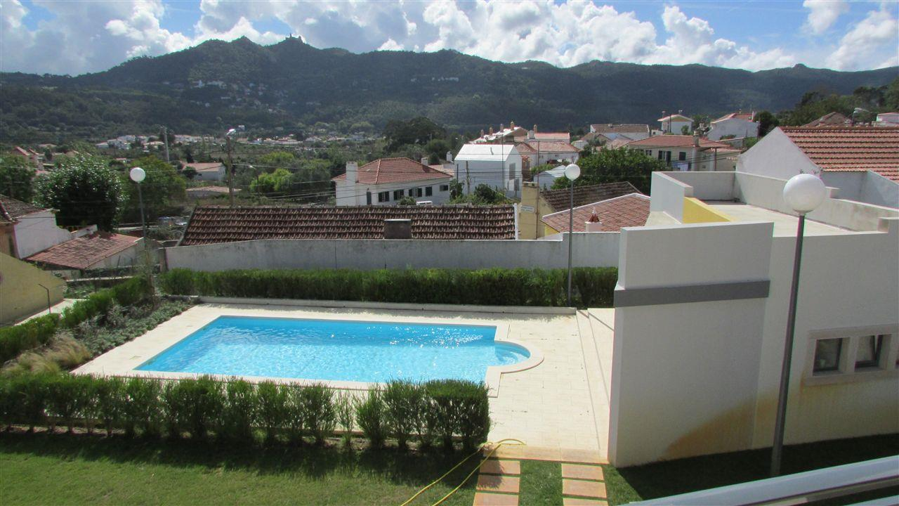Single Family Home for Sale at House, 4 bedrooms, for Sale Sintra, Lisboa, 2710-637 Portugal