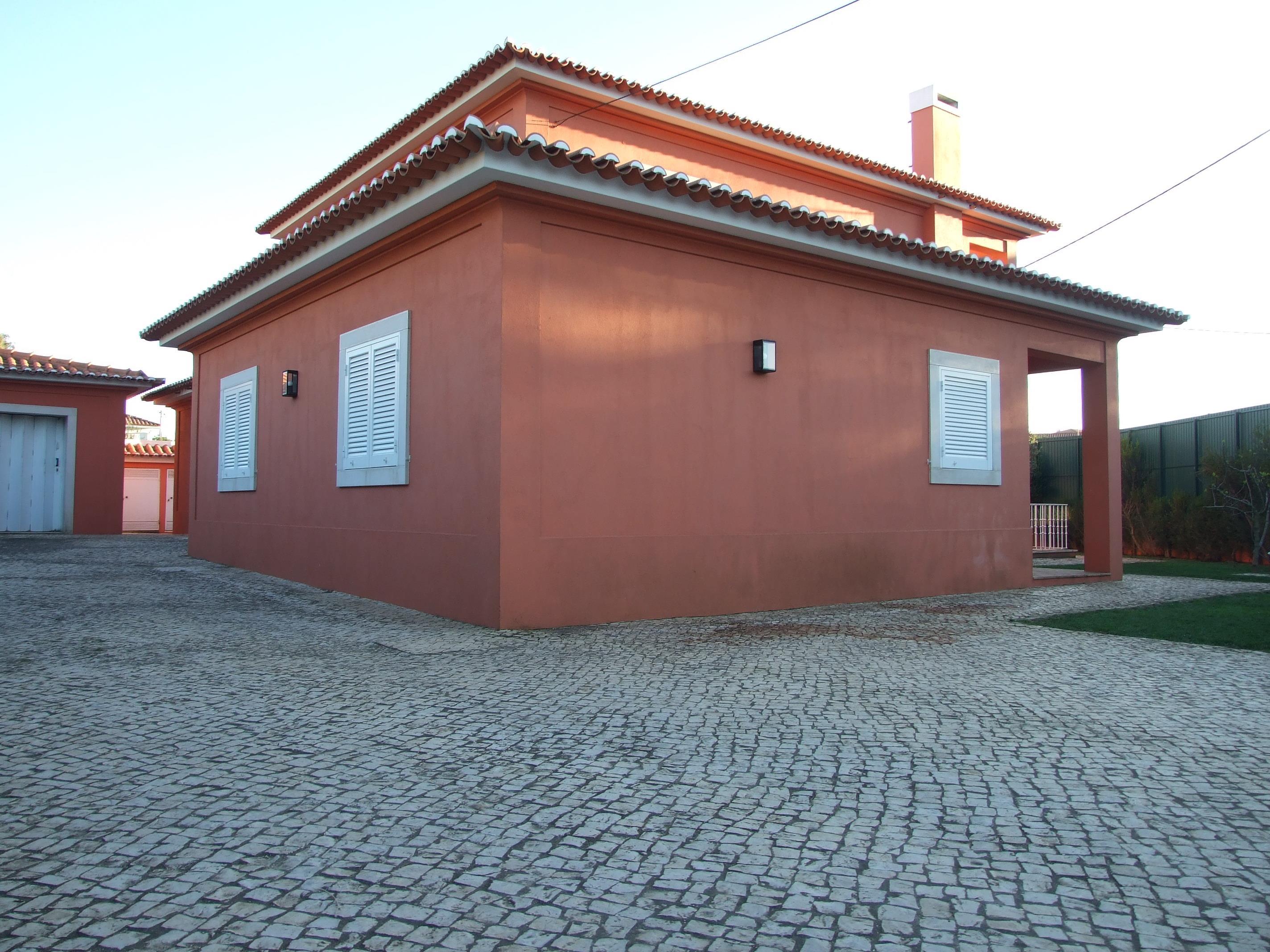 Villa per Vendita alle ore House, 4 bedrooms, for Sale Cascais, Lisbona, 2750-756 Portogallo