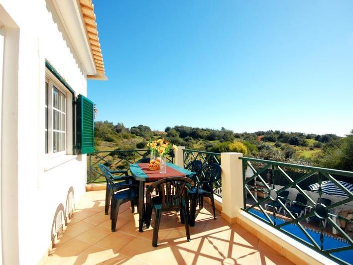 Maison unifamiliale pour l Vente à House, 7 bedrooms, for Sale Albufeira, Algarve Portugal