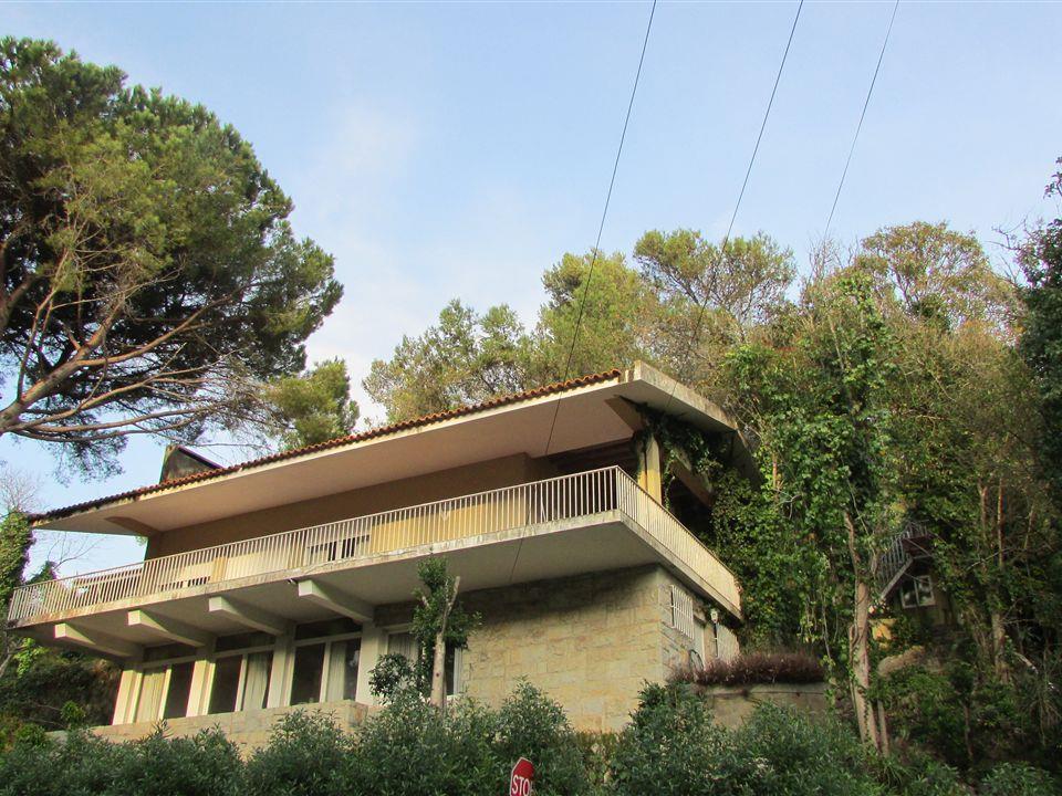 Villa per Vendita alle ore House, 5 bedrooms, for Sale Estoril, Cascais, Lisbona Portogallo