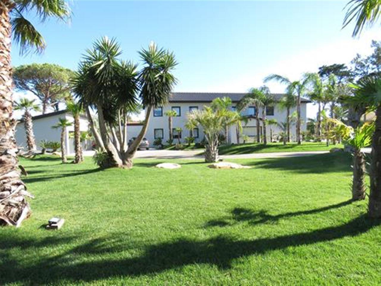 Moradia para Venda às Detached house, 8 bedrooms, for Sale Cascais, Lisboa, Portugal
