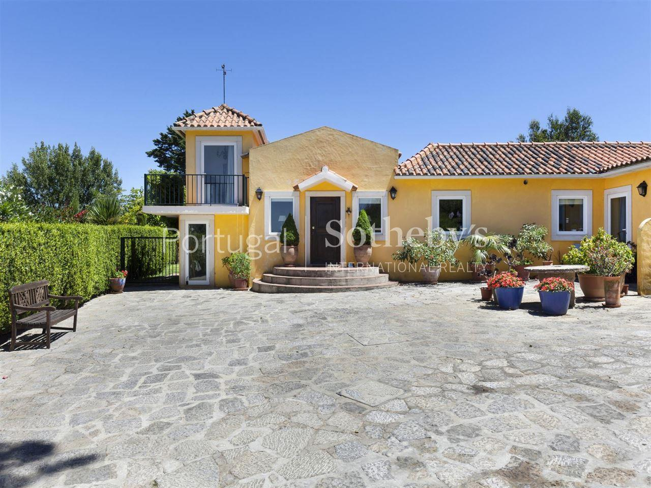 Villa per Vendita alle ore Country house, 10 bedrooms, for Sale Sintra, Lisbona, Portogallo