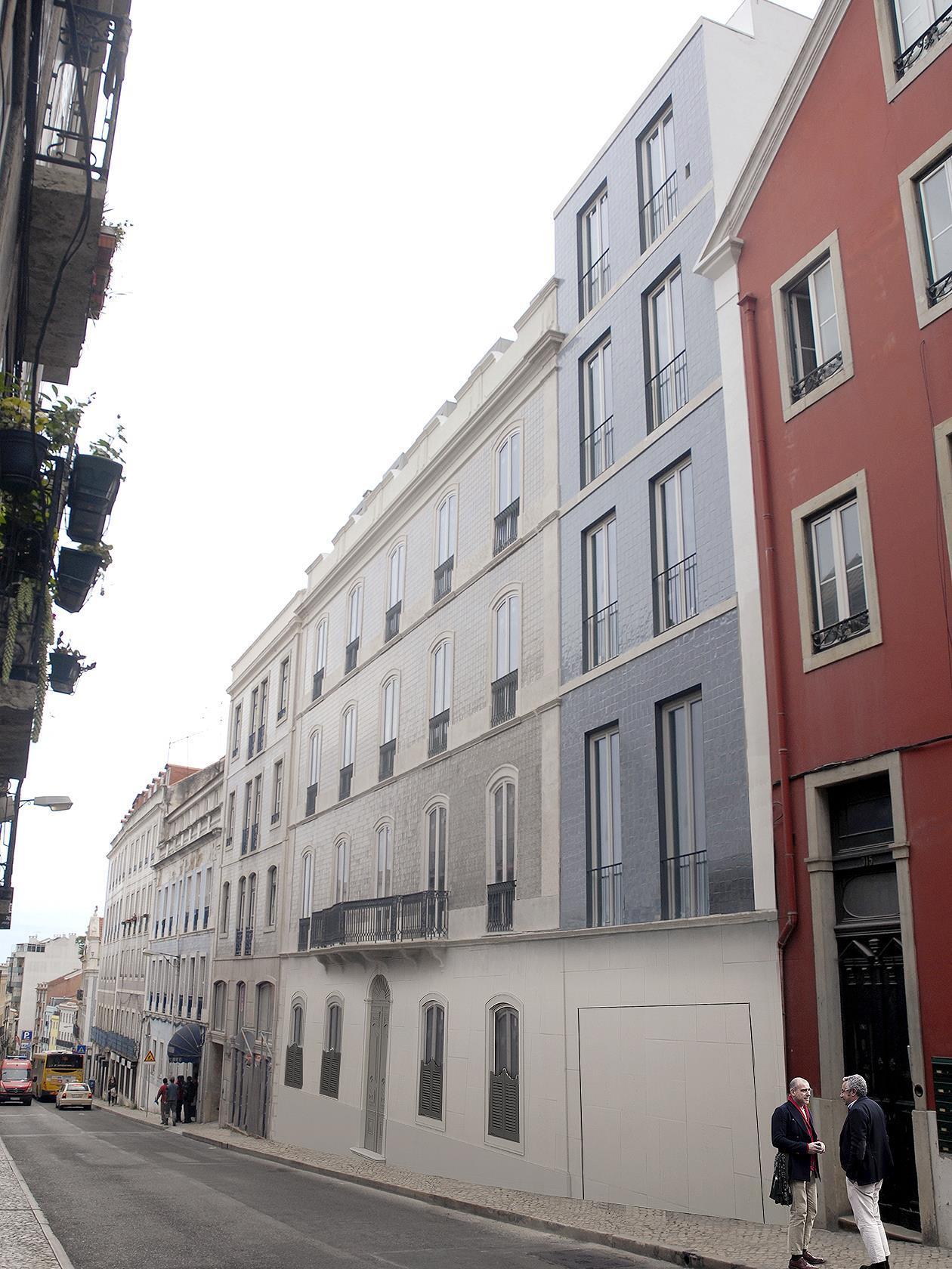 Duplex pour l Vente à Duplex, 5 bedrooms, for Sale Lisboa, Lisbonne Portugal