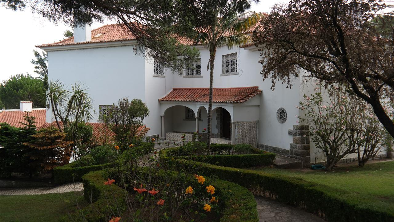 Single Family Home for Sale at House, 5 bedrooms, for Sale Cascais, Lisboa 2765-195 Portugal