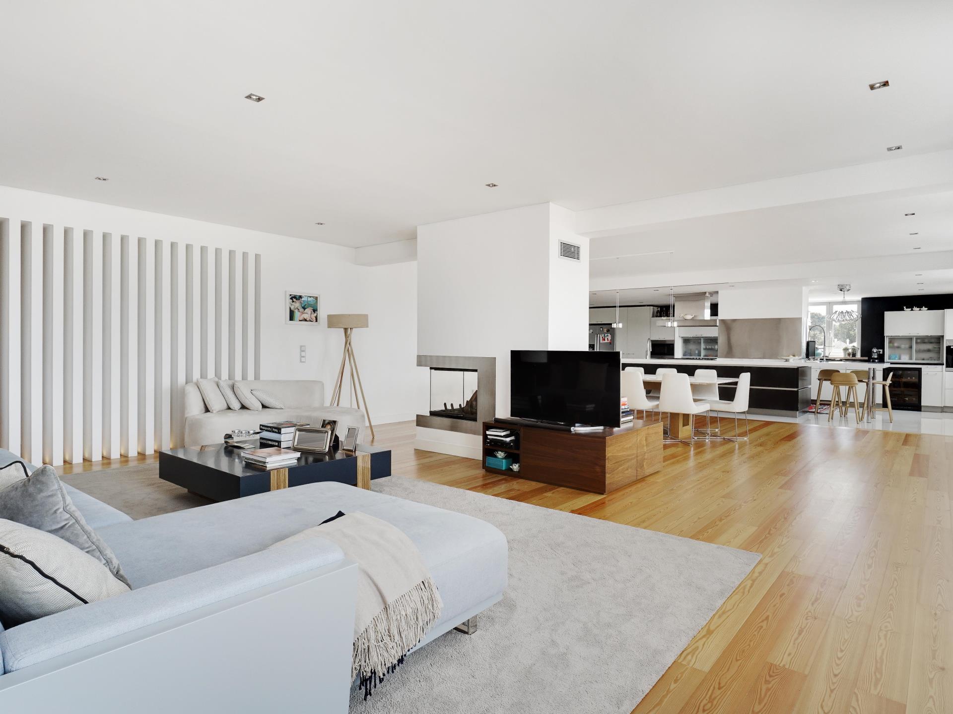 Appartement pour l Vente à Flat, 5 bedrooms, for Sale Oeiras, Lisbonne Portugal