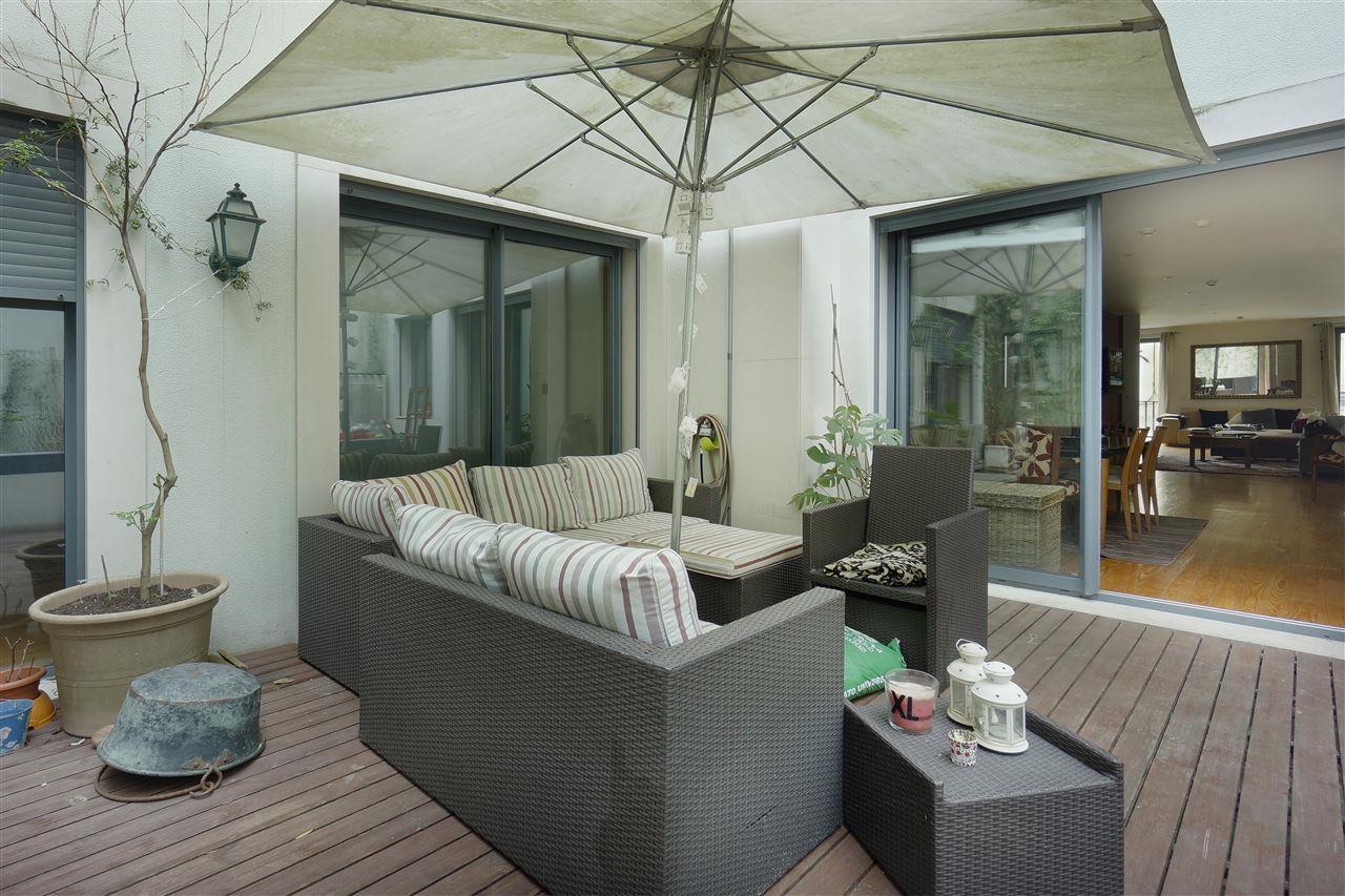 Loft/Duplex pour l Vente à Duplex, 3 bedrooms, for Sale Lisboa, Lisbonne, 1250-201 Portugal