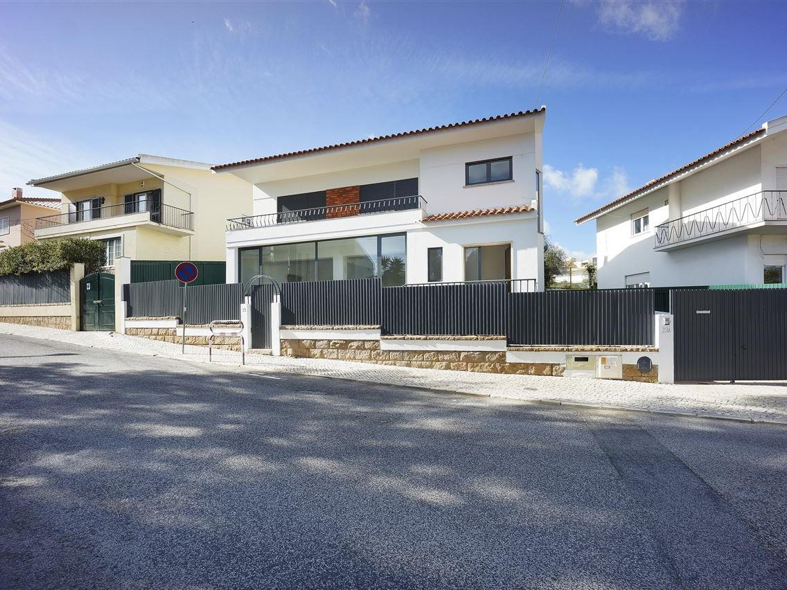 Single Family Home for Sale at Detached house, 4 bedrooms, for Sale Cascais, Lisboa Portugal