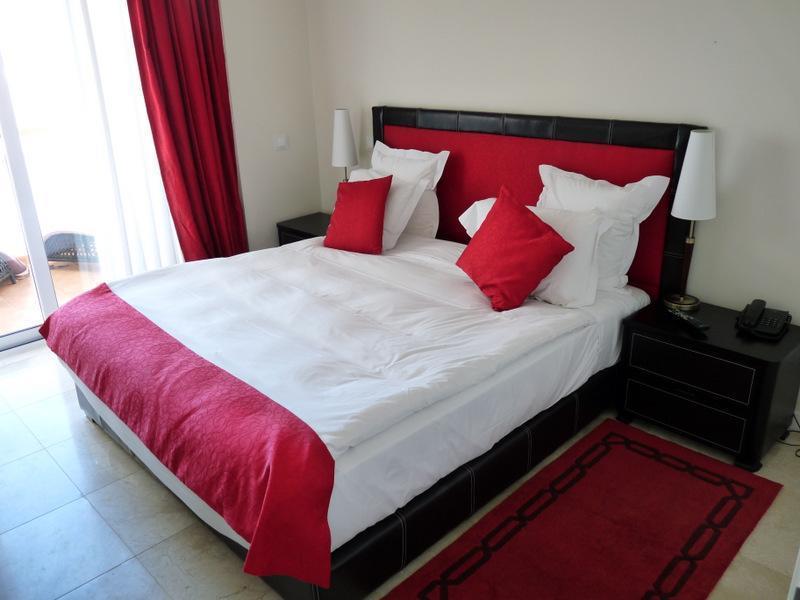 Apartamento para Venda às Flat, 1 bedrooms, for Sale Loule, Algarve Portugal