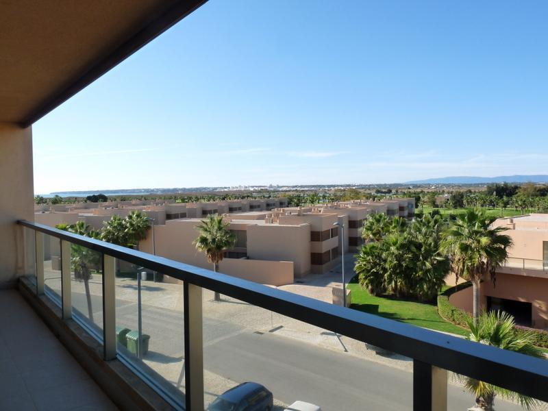 Appartement pour l Vente à Flat, 3 bedrooms, for Sale Albufeira, Algarve Portugal