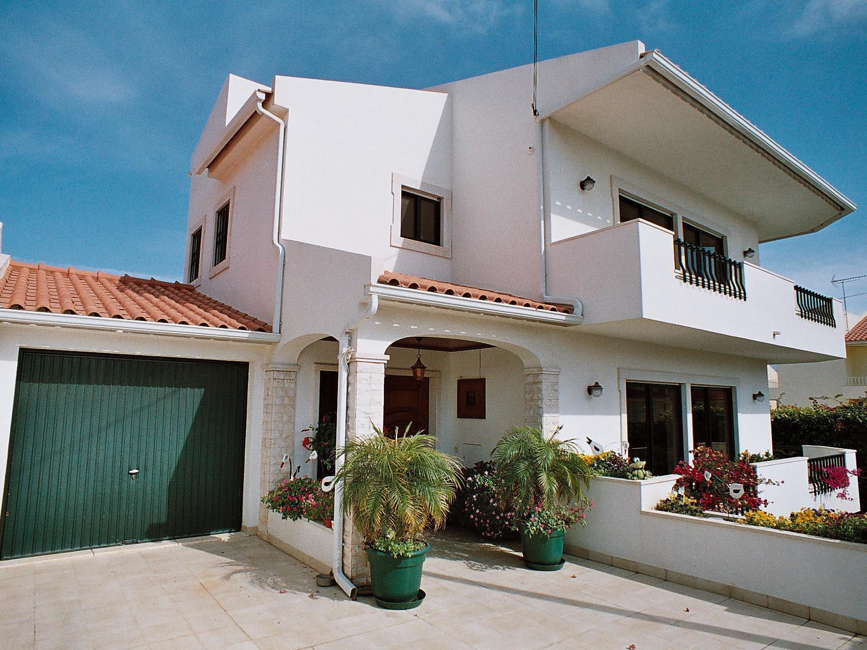 Частный односемейный дом для того Продажа на House, 6 bedrooms, for Sale Birre, Cascais, Лиссабон Португалия