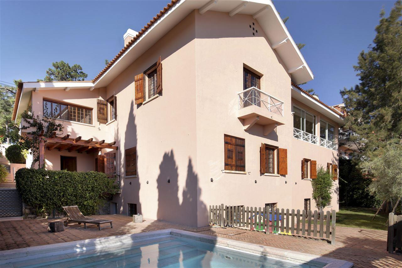 Single Family Home for Sale at Detached house, 4 bedrooms, for Sale Cascais, Lisboa, - Portugal