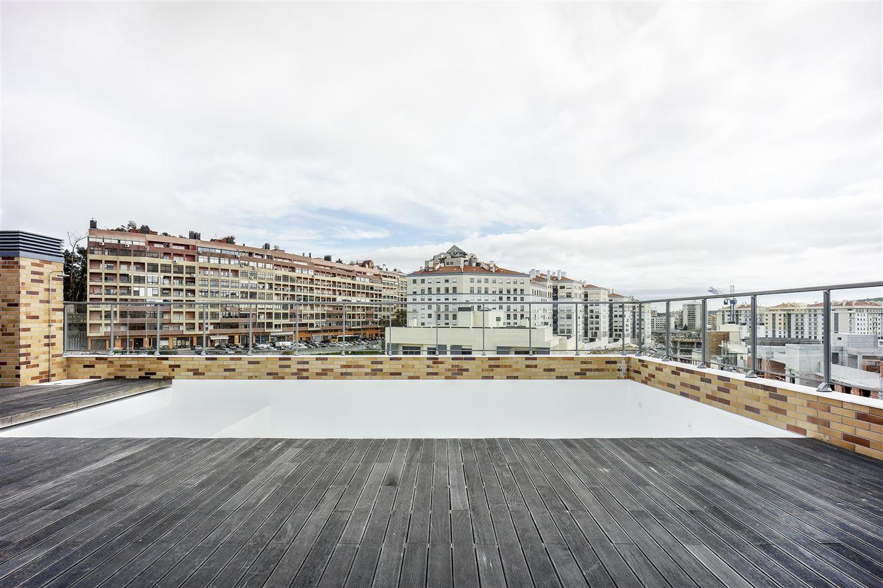 公寓 为 销售 在 Flat, 2 bedrooms, for Sale Lisboa, 葡京 1500-374 葡萄牙