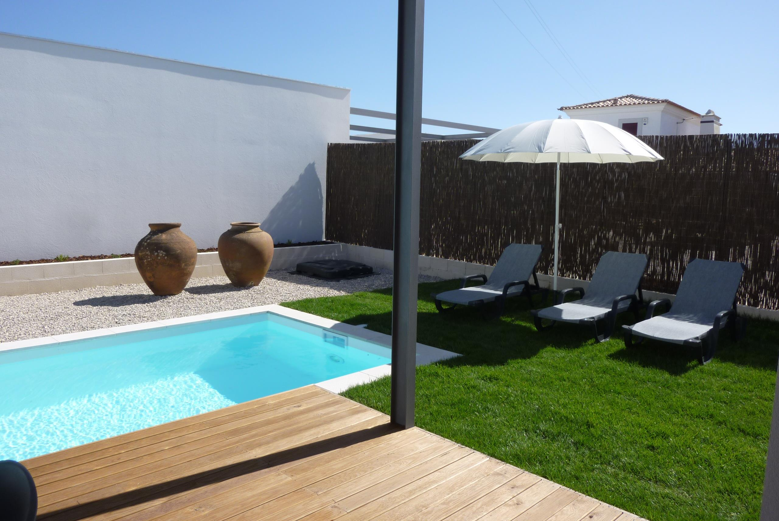 Single Family Home for Sale at House, 3 bedrooms, for Sale Sesimbra, Setubal, 2970-001 Portugal